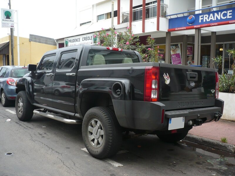 HUMMER H3T 4door pick up truck Saint Pierre (2)