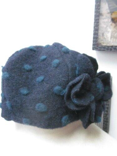Chapeau AGATHE en maille lainage marine à pois vert sapin - doublure coton marine - taille 56 (1)