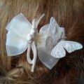 Petite pince à cheveux pour mariée ou demoiselle d'honneur au thème papillon