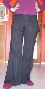 Pantalon_noir_devant
