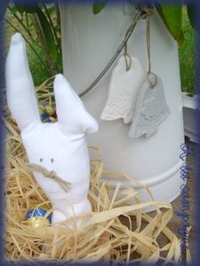 paques__lapin_et_cloches