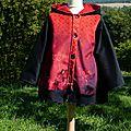 2013-09 manteau Nomade rouge avec Noémi