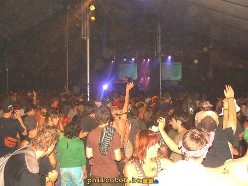 Pendant le set de DJ's or Not @ Dour 2007