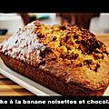 Cake à la banane, noisettes et chocolat