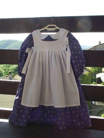 Robe et tablier Meg violet & blanc 11a