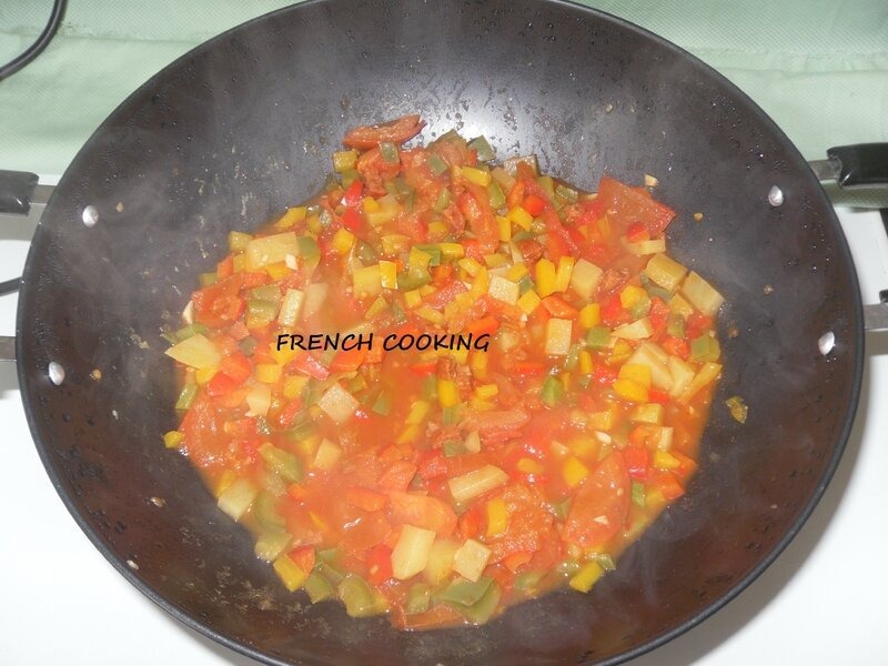 trio de poivrons aux tomates, pdt & chorizo 3