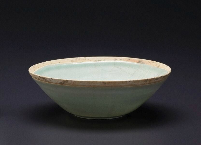Bowl, China, Song dynasty (960 - 1279), porcelain with 'qingbai' glaze, 6.4 x 18.6 cm. Bequest of Ken Myer 2009. 25.2009. Art Gallery of New South Wales, Sydney (C) Art Gallery of New South Wales, Sydney