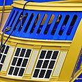 Jaune et bleu de l'Hermione (Brest, août 2015)