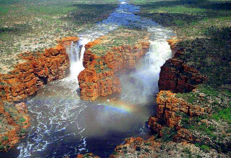 Faraway_Bay__King_George_s_Falls_