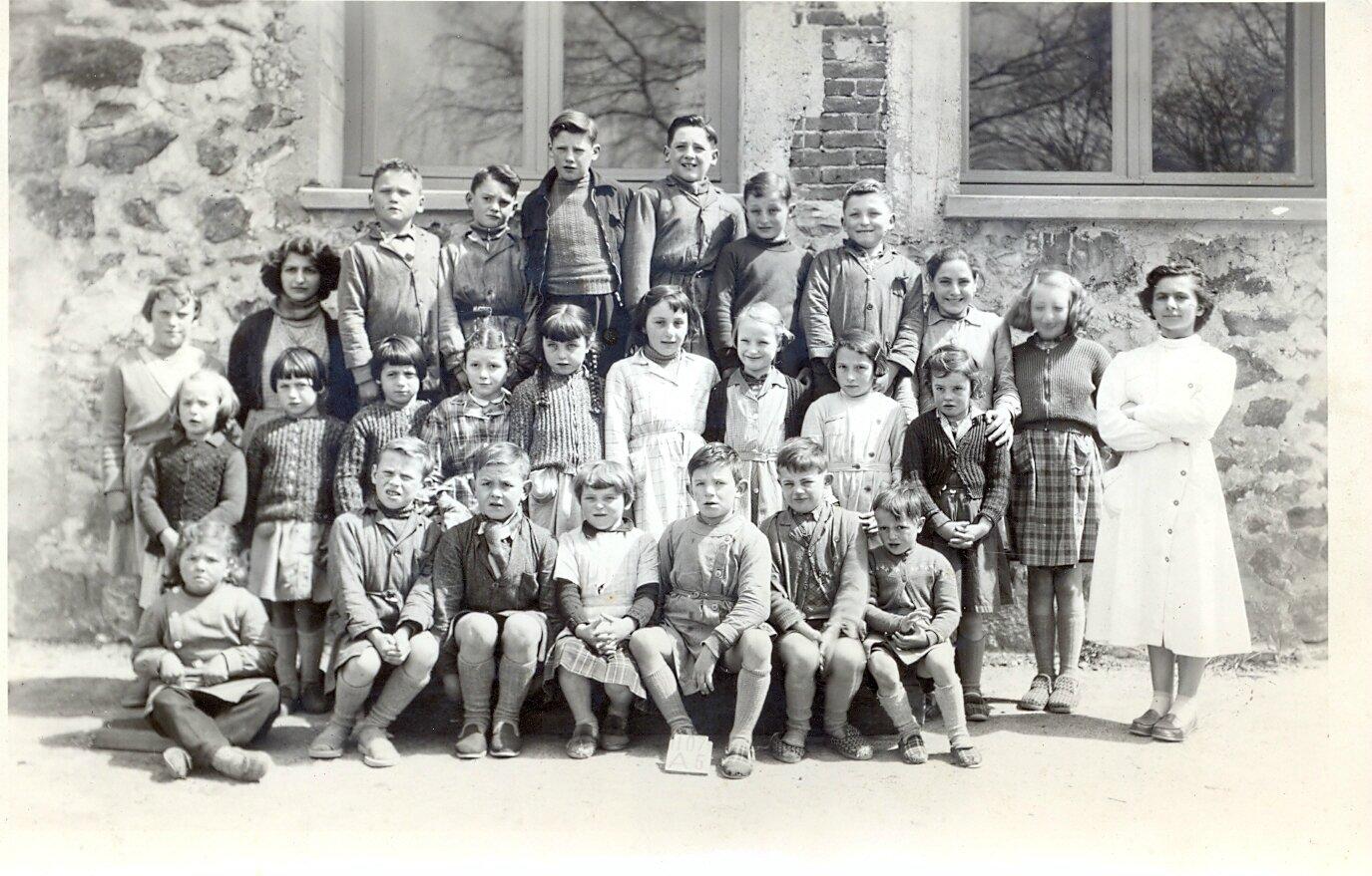 Ecole République 1957