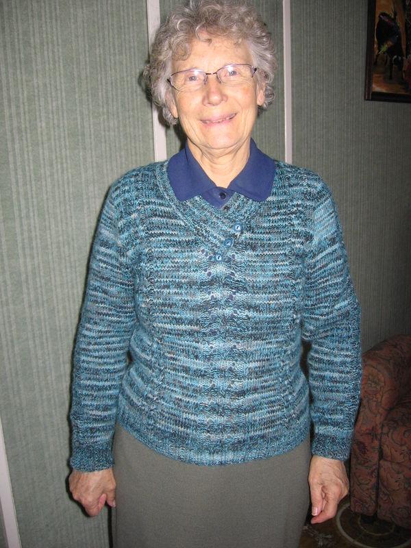 Tricot fait par ma petite Fée pour ma Maman Février 2011