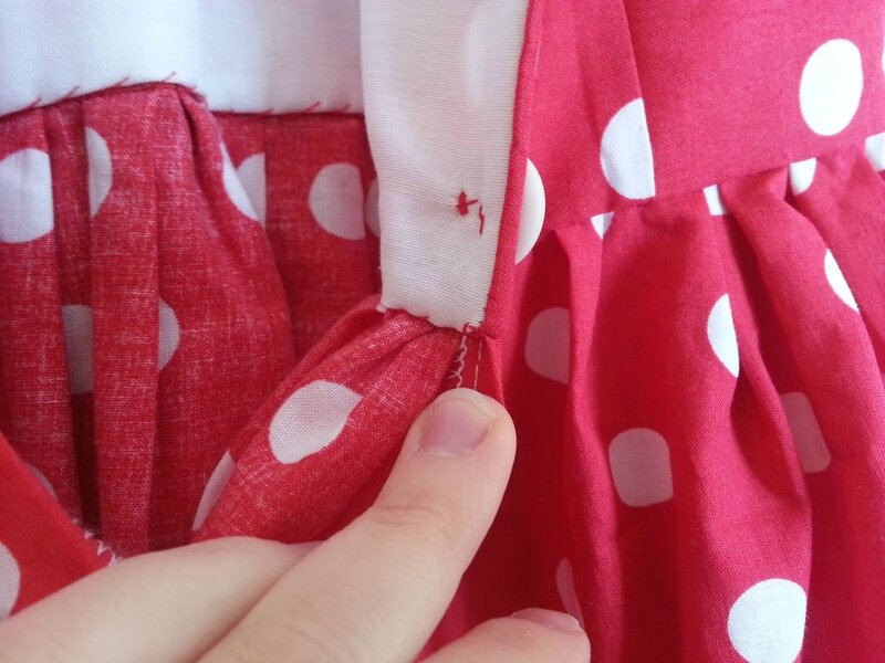robe rouge a pois_04
