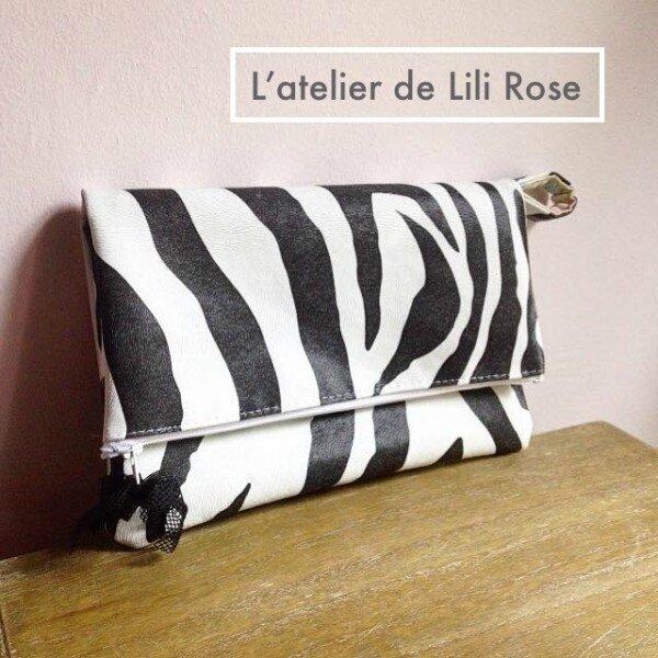 tissu-simili-cuir-pour-sac-zebre-noir