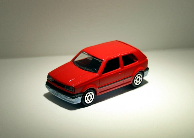 Vw golf (Majorette) 01
