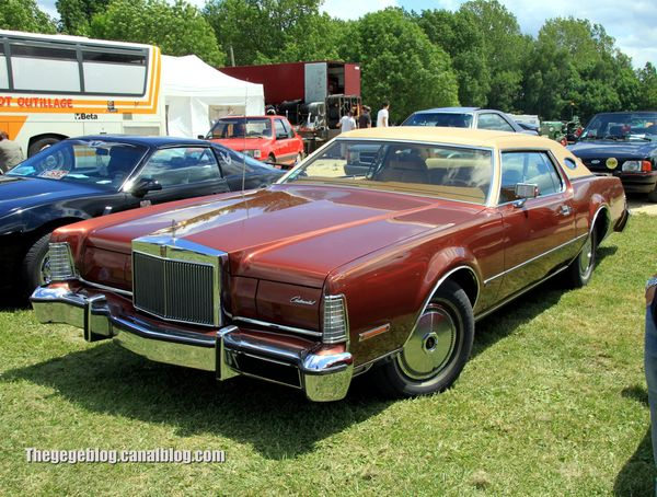 Lincoln continental mark IV sport coupé de 1974 (Retro Meus Auto Madine 2012) 01