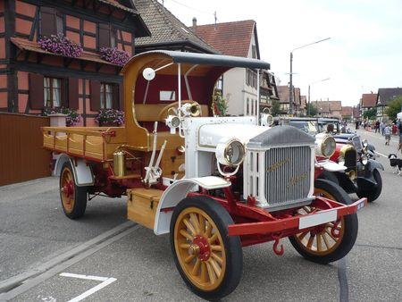 PIERCE_ARROW_Truck_1918_Lipsheim__1_