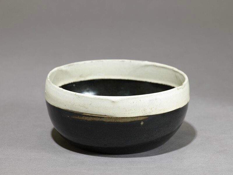Black ware bowl with white rim, 1020 - 1120, Northern Song Dynasty (AD 960 - 1127)