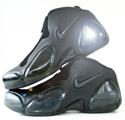 ultraposite_top_bottom