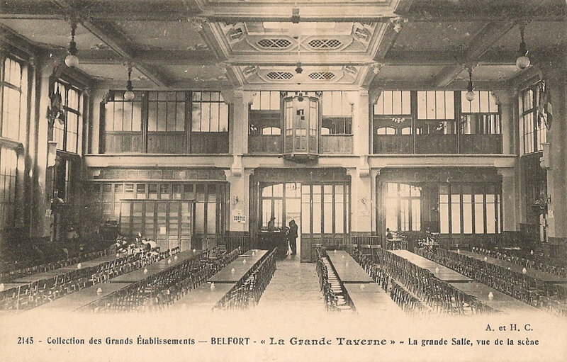 Belfort CPA Fbg France n°35 Grand Taverne Grande salle Cabine projection