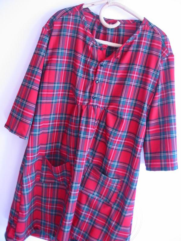 robe G en tartan rouge