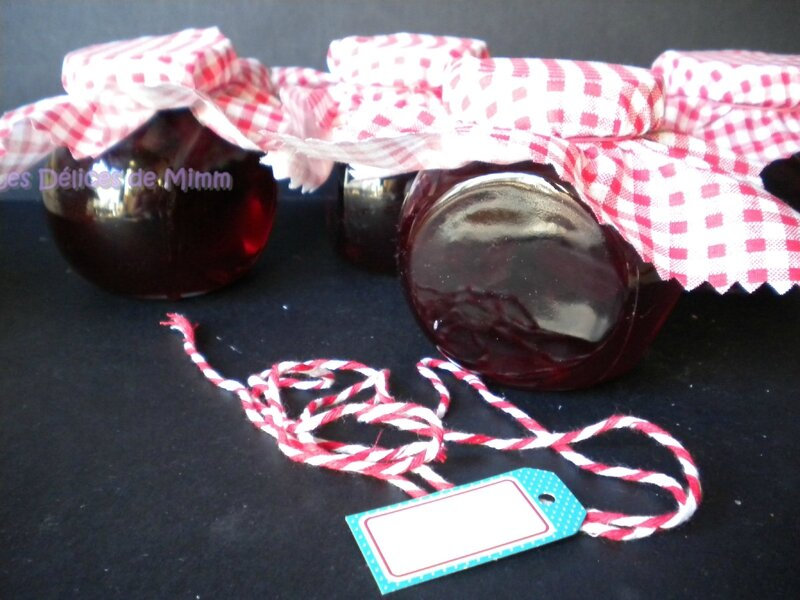 Confiture de cerises noires parfumée au kirsch