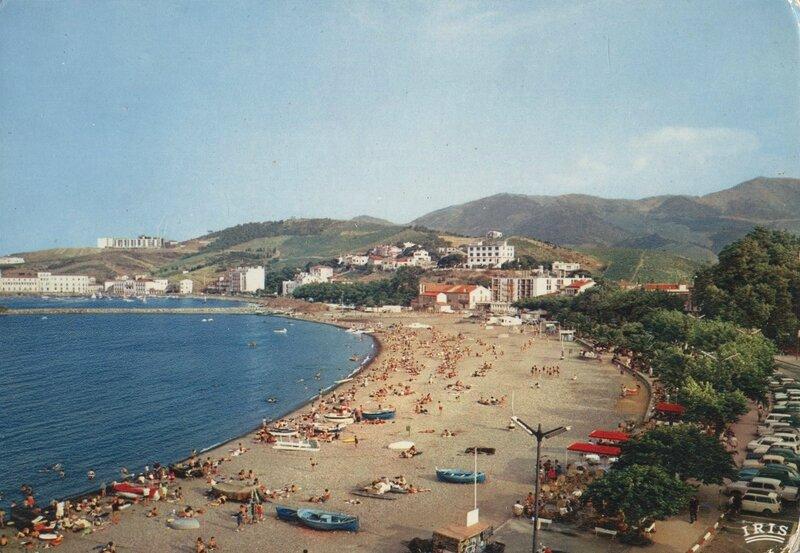 323 Vue générale de la plage - au fond le port et le laboratoire Arago
