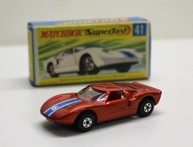 #41-Ford GT