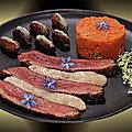 Magret grillé, crème de roquefort, purée de carottes-noisettes et dattes farcies roquefort-miel
