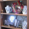 bijoux dans boutique