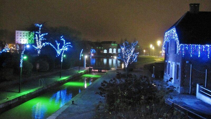 Illumination de Noël-Avesnes-Hautmont 034 - Copie