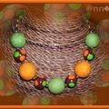 Collier Fimo et Feutrine orange et anis à pois (N)