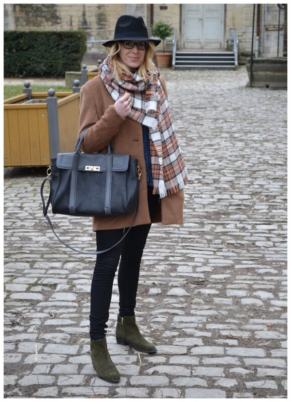 LOOK OF THE DAY25