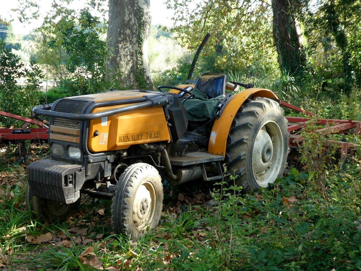tracteur Renault 70