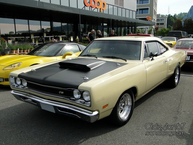 dodge-coronet-super-bee-hardtop-coupe-1969-1