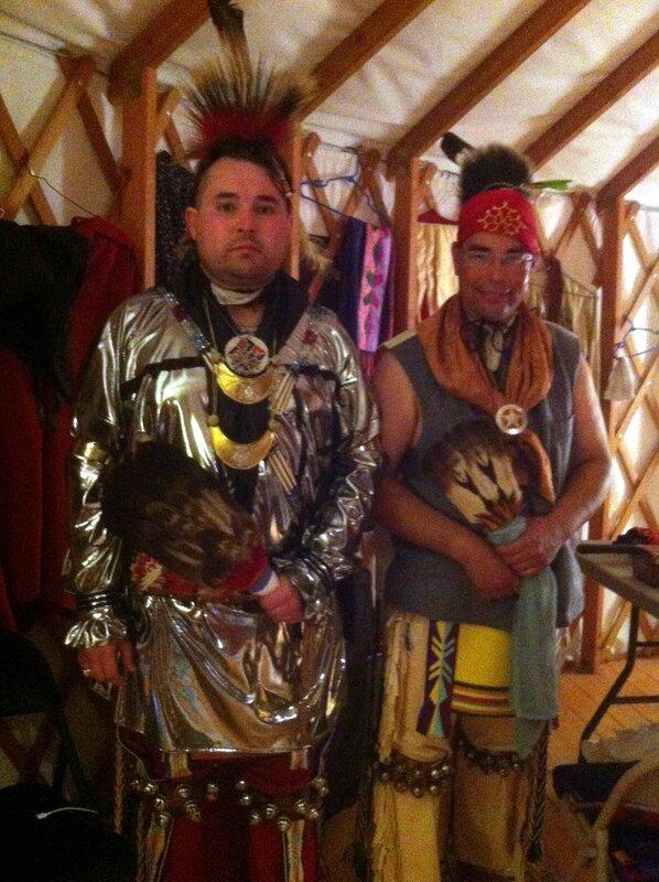 Blaine Shaw et Joe Hall, danseurs traditionnels osages