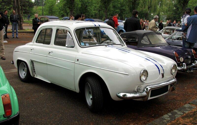 Renault dauphine gordini (Retrorencard mai 2010) 01