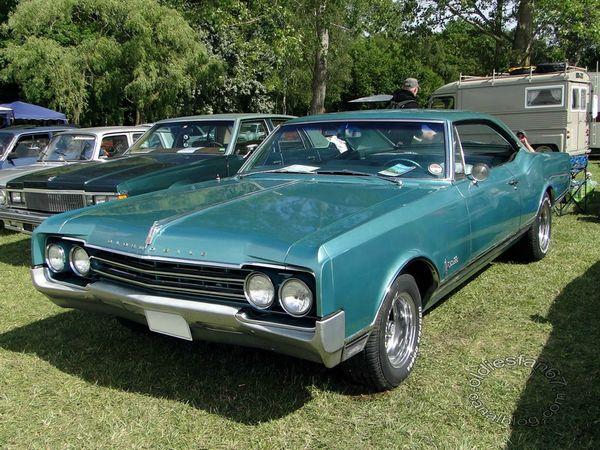 oldsmobile delta 88 coupe 1965 3
