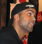 Tony_Parker_au_Virgin_Paris_054