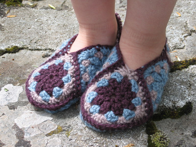 GRANNY_SQUARE_SLIPPERS_001