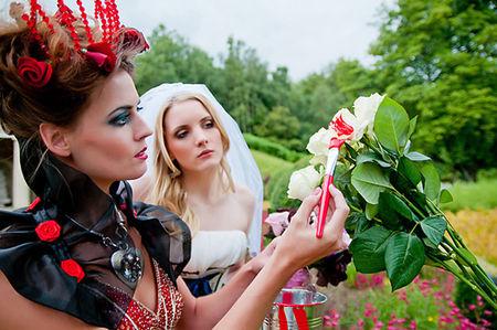 Alice_in_wonderland_Bridal_Shoot_04
