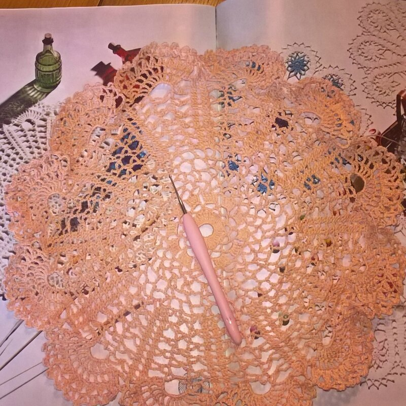 naperon-crochet-lelie-fee04