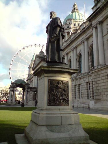 City Hall, Donnegal Square, Big Wheel