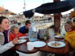 Déjeuner à bord de l'Alma 3 à Grüz 150217