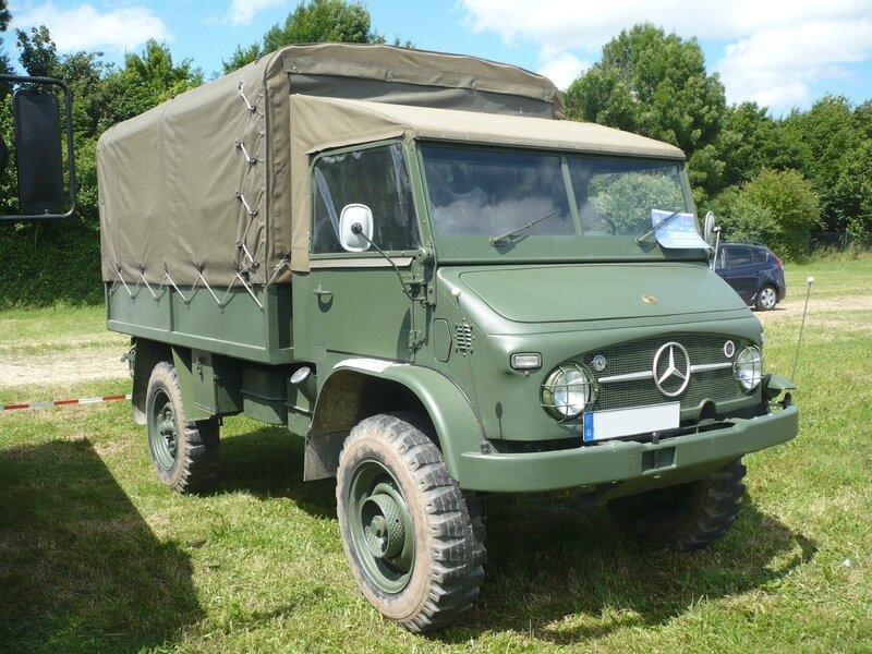 UNIMOG 404S cabine et plateau bachés Armée Suisse 1962 Eutingen (1)