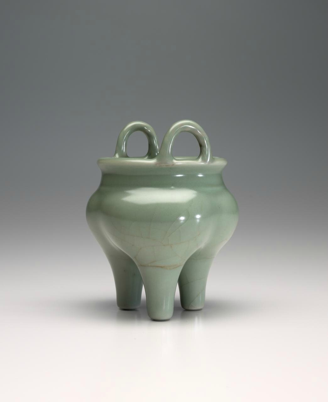 Incense burner, Southern Song dynasty, 1127-1279, Longquan ware