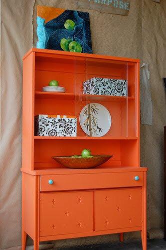 meuble-peint-orange
