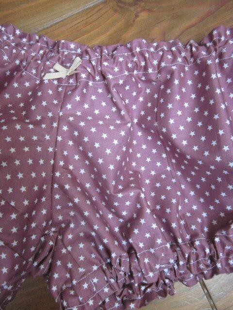 Culotte BIANCA en coton vieux rose étoilé de blanc - noeud gros-grain blanc (1)