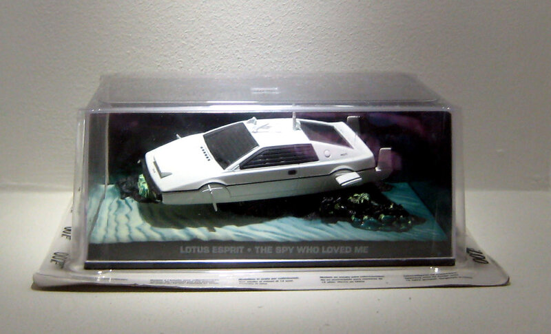 Lotus esprit (007 collection) collection presse