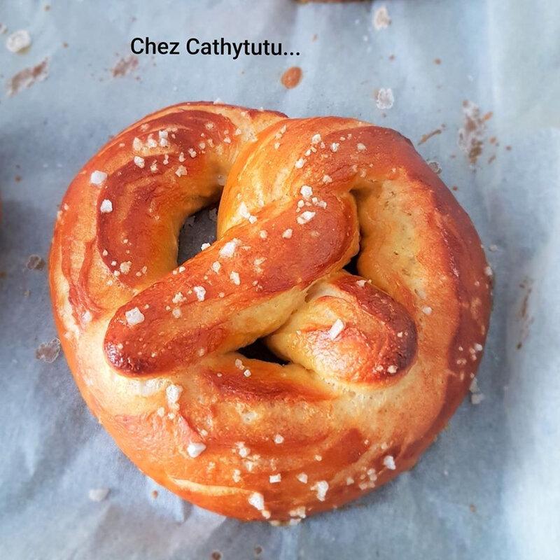 chez cathytutu bretzels alsace recette facile version sale et sucree