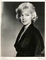 1959-12-lets_make_love-test_hairdress-042-studio-MM-011-3a